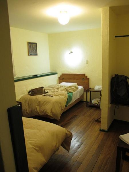 Hostal Corihuasi Room No.4
